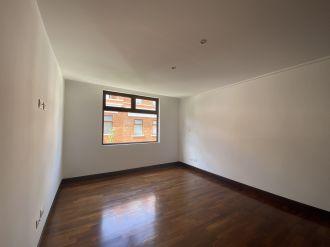 Casa en Pasaje Oakland zona 10 - thumb - 129968
