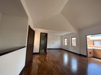 Casa en Pasaje Oakland zona 10 - thumb - 129972