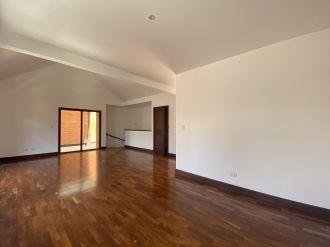 Casa en Pasaje Oakland zona 10 - thumb - 129975