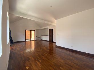 Casa en Pasaje Oakland zona 10 - thumb - 129976