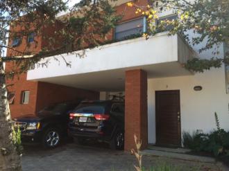 Preciosa Casa en venta/renta en zona 16 - thumb - 37037