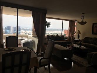 Apartamento amplio en Venta zona 14 - thumb - 86733