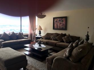 Apartamento amplio en Venta zona 14 - thumb - 86734