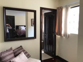 Apartamento amplio en Venta zona 14 - thumb - 86743
