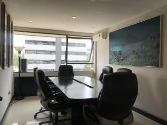 Oficina remodelada en Venta zona 10  - thumb - 88096