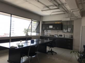 Oficina remodelada en Venta zona 10  - thumb - 88101