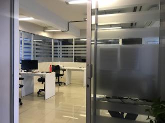 Oficina remodelada en Venta zona 10  - thumb - 88103