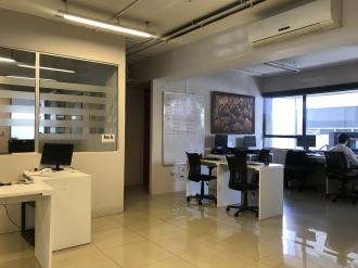 Oficina remodelada en Venta zona 10  - thumb - 88104