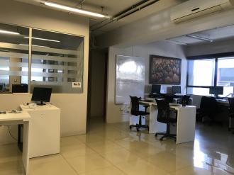 Oficina remodelada en Venta zona 10  - thumb - 88105