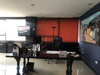 Oficina remodelada en Venta zona 10  - thumb - 88110