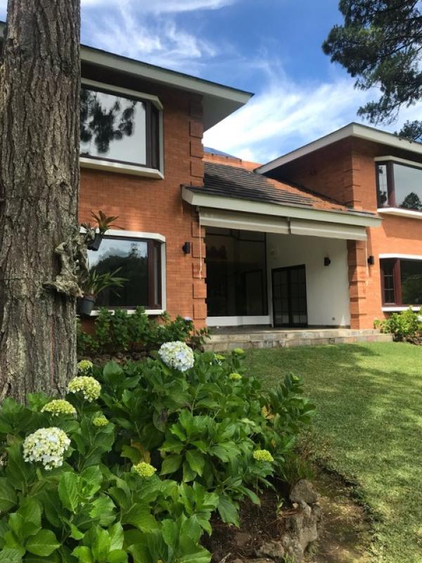 Preciosa casa en Encinos de Muxbal - large - 102057