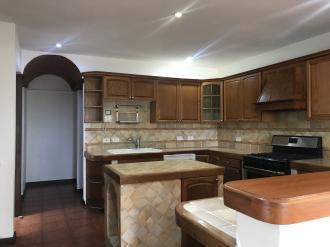 Casa preciosa en Venta San Lazaro zona 15 - thumb - 106140