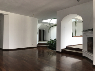 Casa preciosa en Venta San Lazaro zona 15 - thumb - 106142