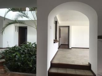 Casa preciosa en Venta San Lazaro zona 15 - thumb - 106145