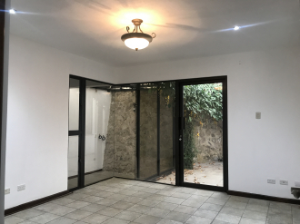 Casa preciosa en Venta San Lazaro zona 15 - thumb - 106147