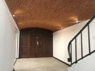 Casa preciosa en Venta San Lazaro zona 15 - thumb - 106148