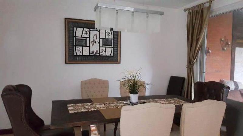 Casa en venta, San Isidro - large - 107577