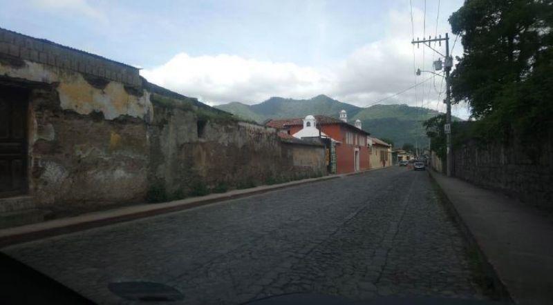 Propiedad en el Casco de Antigua 1,121 vrs2 - large - 109261