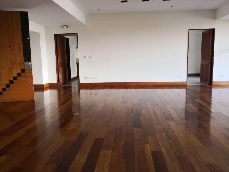 Apartamento en Casa Margarita zona 10 - large - 109479