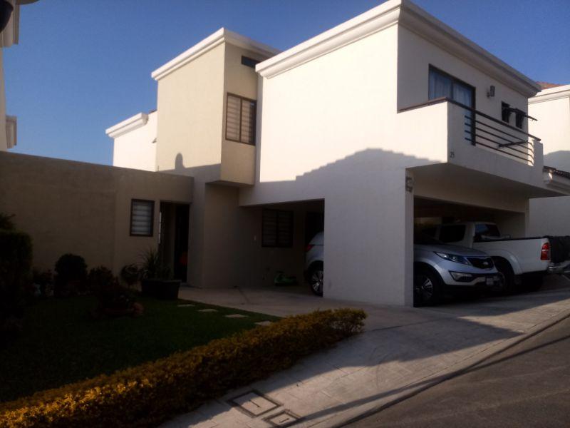 Casa en venta en Vistas de San Isidro - large - 109618