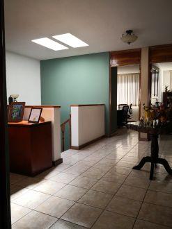 Casa en venta Santa Mónica carretera salvador - thumb - 110077