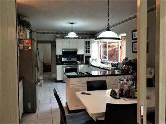 Casa en venta en Las Luces - thumb - 111446