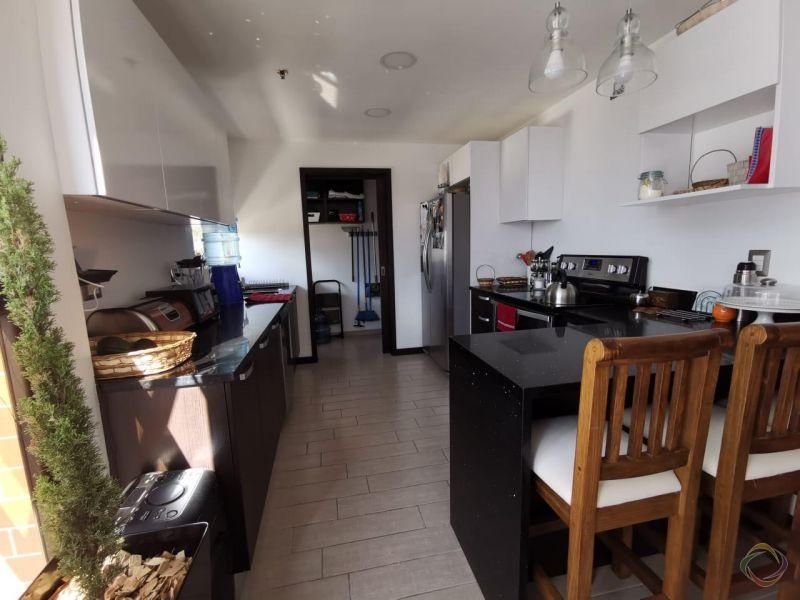 Apartamento en Venta zona 15 VH1  - large - 113928