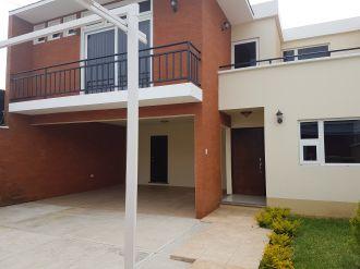 Vendo casa Ces los Manantiales Sjp - thumb - 114402