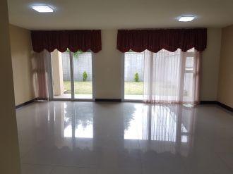 Vendo casa Ces los Manantiales Sjp - thumb - 114403