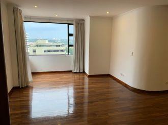 Apartamento en Edificio Real de Las Américas - thumb - 115477