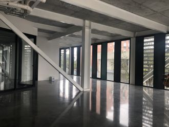Alquilo Local Comercial 155.5 mts Edificio XPO1, zona 4  - thumb - 115632