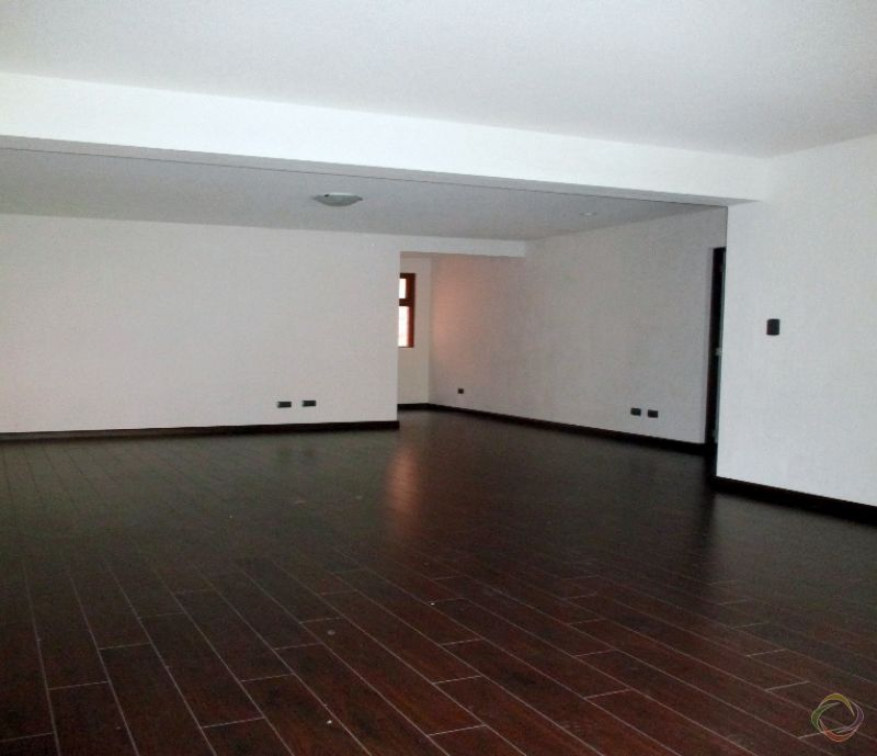 Apartamento amplio en zona 16 - large - 116113