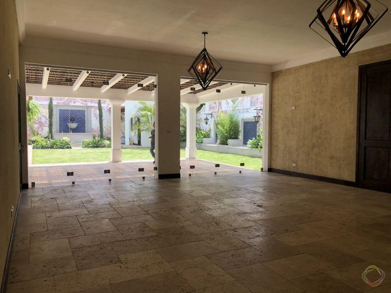 Casa en el Casco de Antigua en Venta - large - 116395