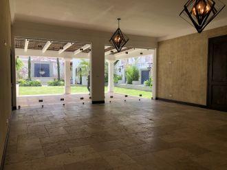 Casa en el Casco de Antigua en Venta - thumb - 116395