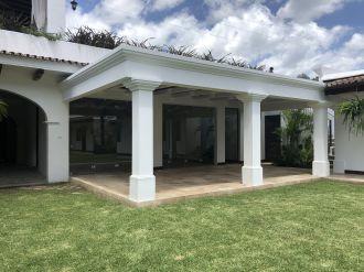 Casa en el Casco de Antigua en Venta - thumb - 116407