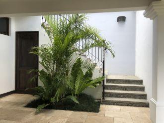 Casa en el Casco de Antigua en Venta - thumb - 116412