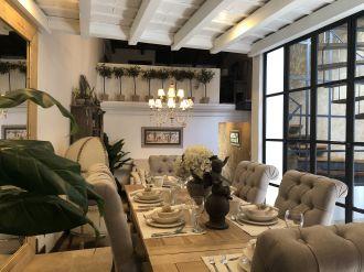 Casa Preciosa Amueblada en El Casco Antigua - thumb - 116438