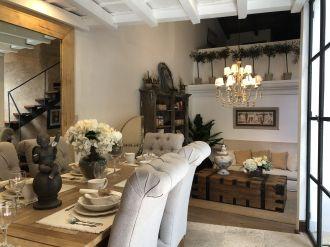 Casa Preciosa Amueblada en El Casco Antigua - thumb - 116439