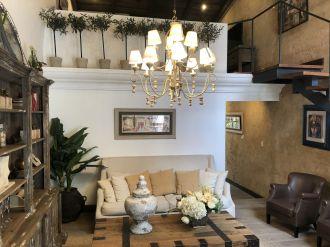 Casa Preciosa Amueblada en El Casco Antigua - thumb - 116444