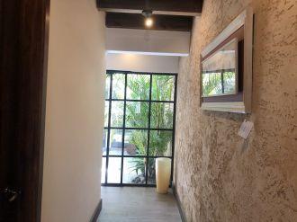 Casa Preciosa Amueblada en El Casco Antigua - thumb - 116445