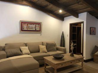 Casa Preciosa Amueblada en El Casco Antigua - thumb - 116456