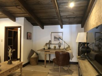 Casa Preciosa Amueblada en El Casco Antigua - thumb - 116457