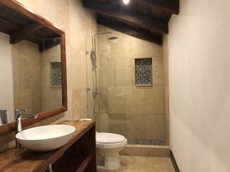 Casa Preciosa Amueblada en El Casco Antigua - thumb - 116458