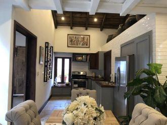 Casa Preciosa Amueblada en El Casco Antigua - thumb - 116462