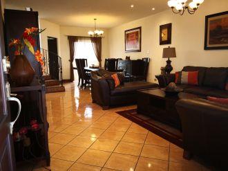 Casa de 3 habitaciones en Condominio zona 16 - thumb - 116895