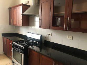 Preciosa Casa en condominio La Residence  - thumb - 117809