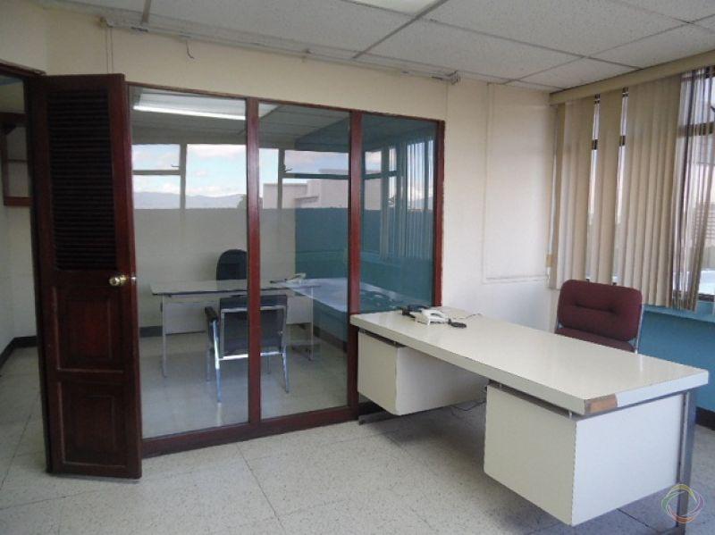 Oficina en Alquiler Zona 10 - large - 118367