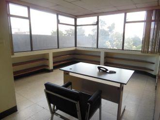 Oficina en Alquiler Zona 10 - thumb - 118371