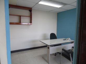 Oficina en Alquiler Zona 10 - thumb - 118372