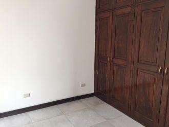 Casa en Venta zona 14 - thumb - 118496
